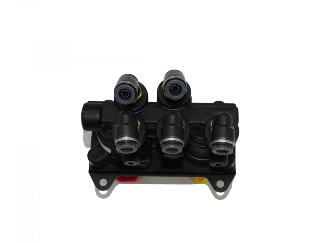"""REPLACEMENT FOR BENDIX MV-3™ Mounting Holes: 0.275"""" OpenPorts 3/8"""" PTC ElbowsPart # TTP BW 801360 Tracey Truck Parts"""